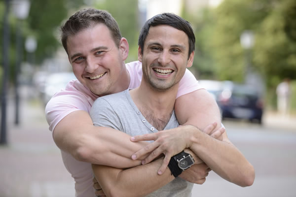 What is 40+ Gay Dating USA